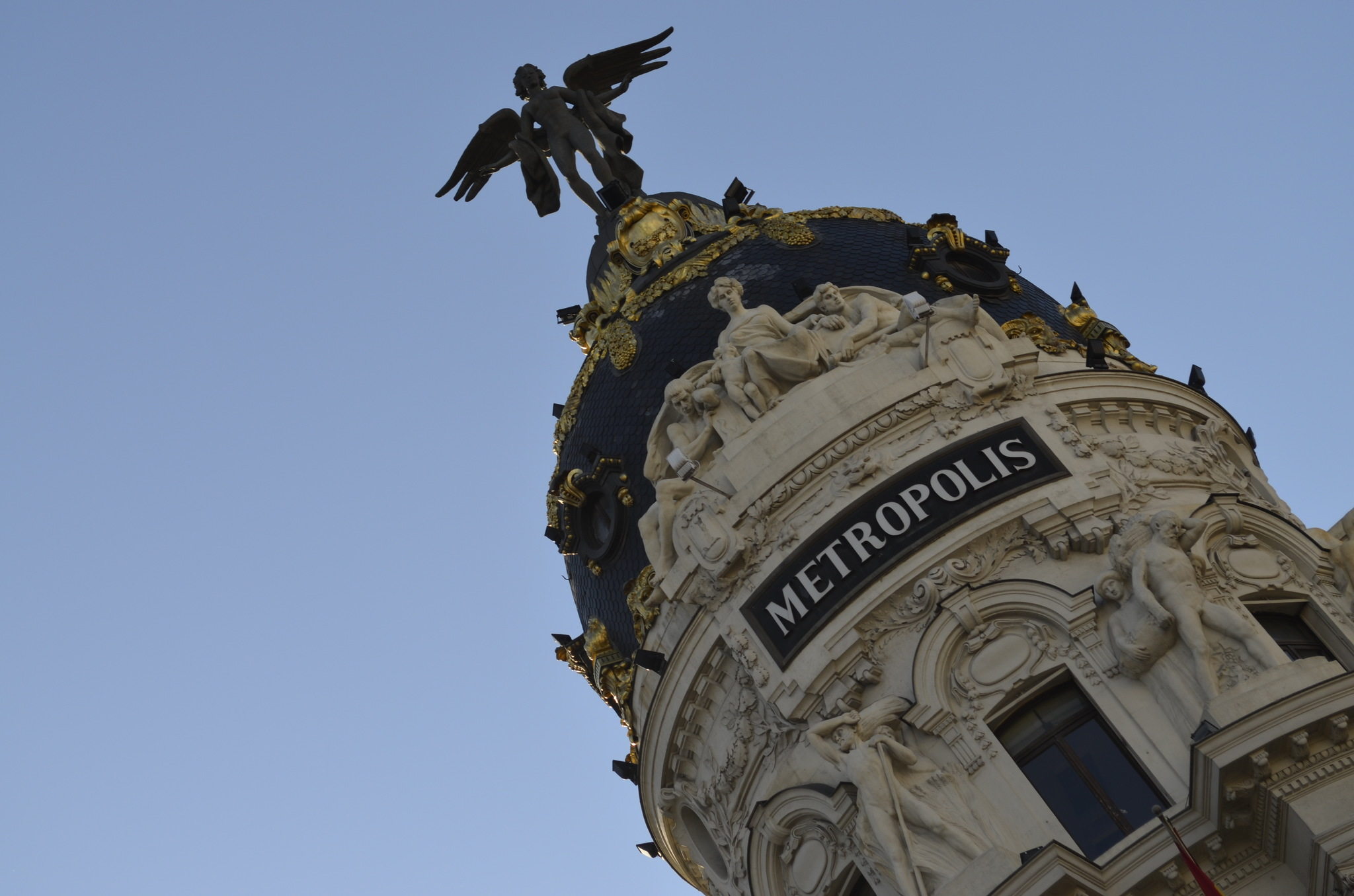 Edifício Metropolis madrid - diogo pereira