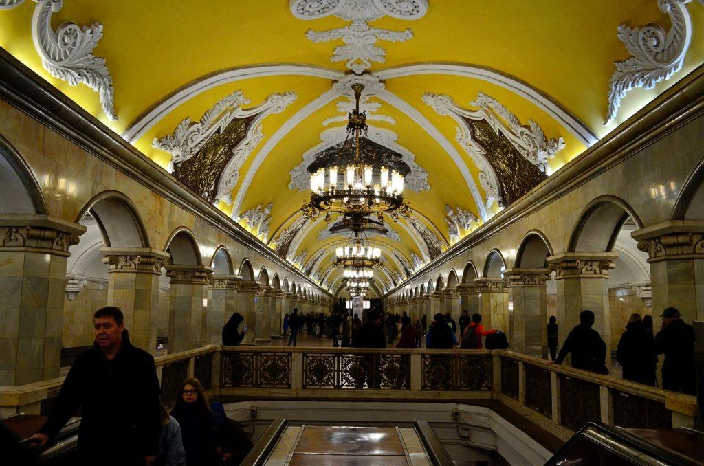 estação metro moscovo Komsomolskaya Russia - Diogo Pereira