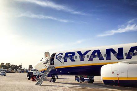 ryanair avião aeroporto aviação - pixabay