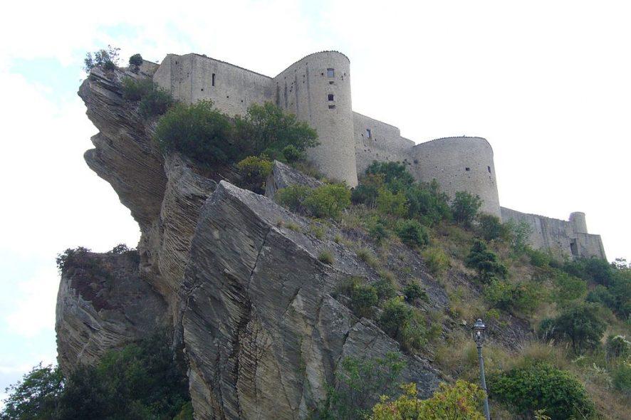 Castelo Roccascalegna Itália