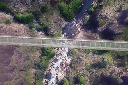 Projeto da maior ponte pedonal suspensa do mundo que está a ser construida em Arouca, Aveiro