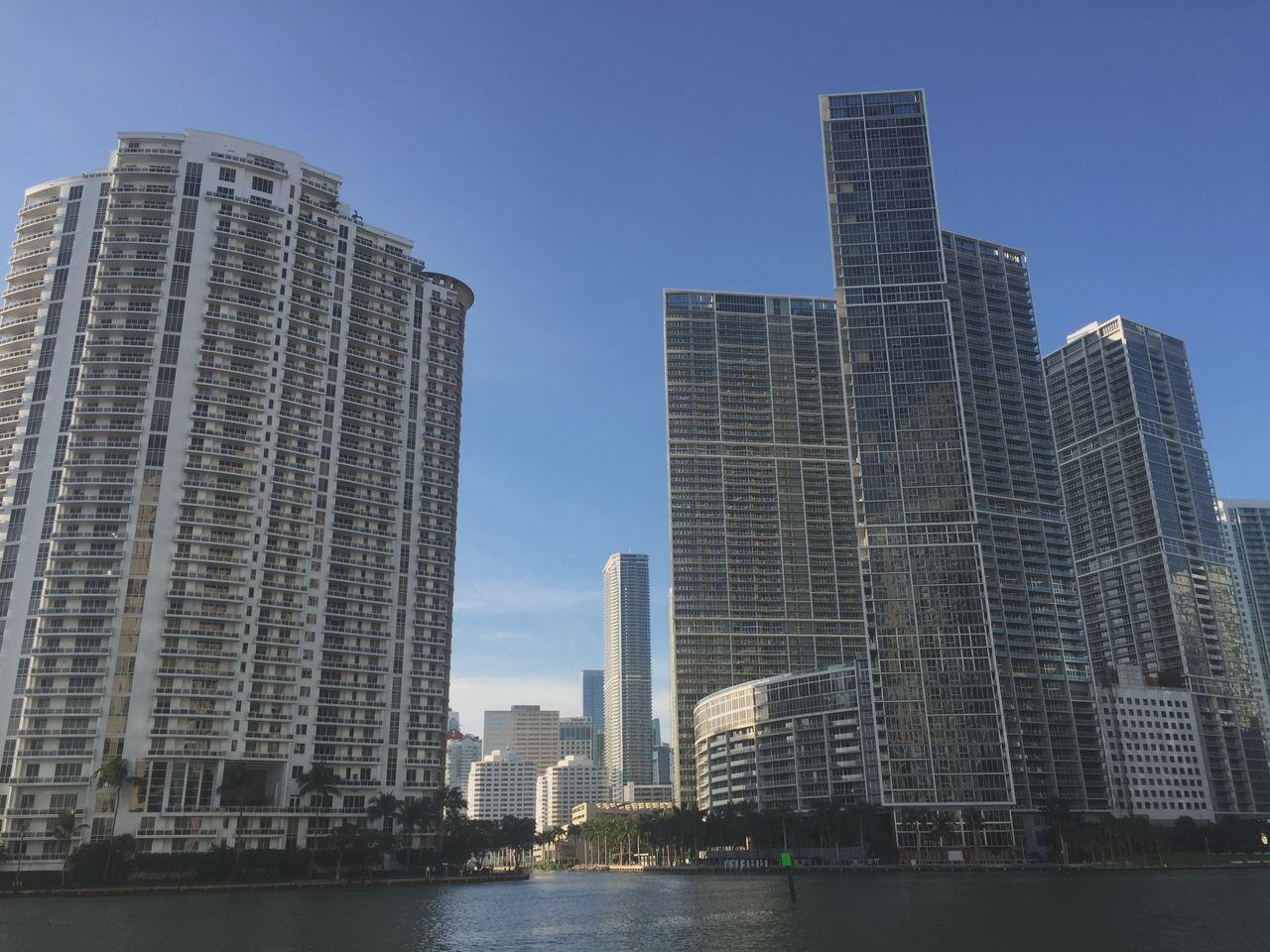 Arranha Céus de Miami. Foto de Cláudia Paiva