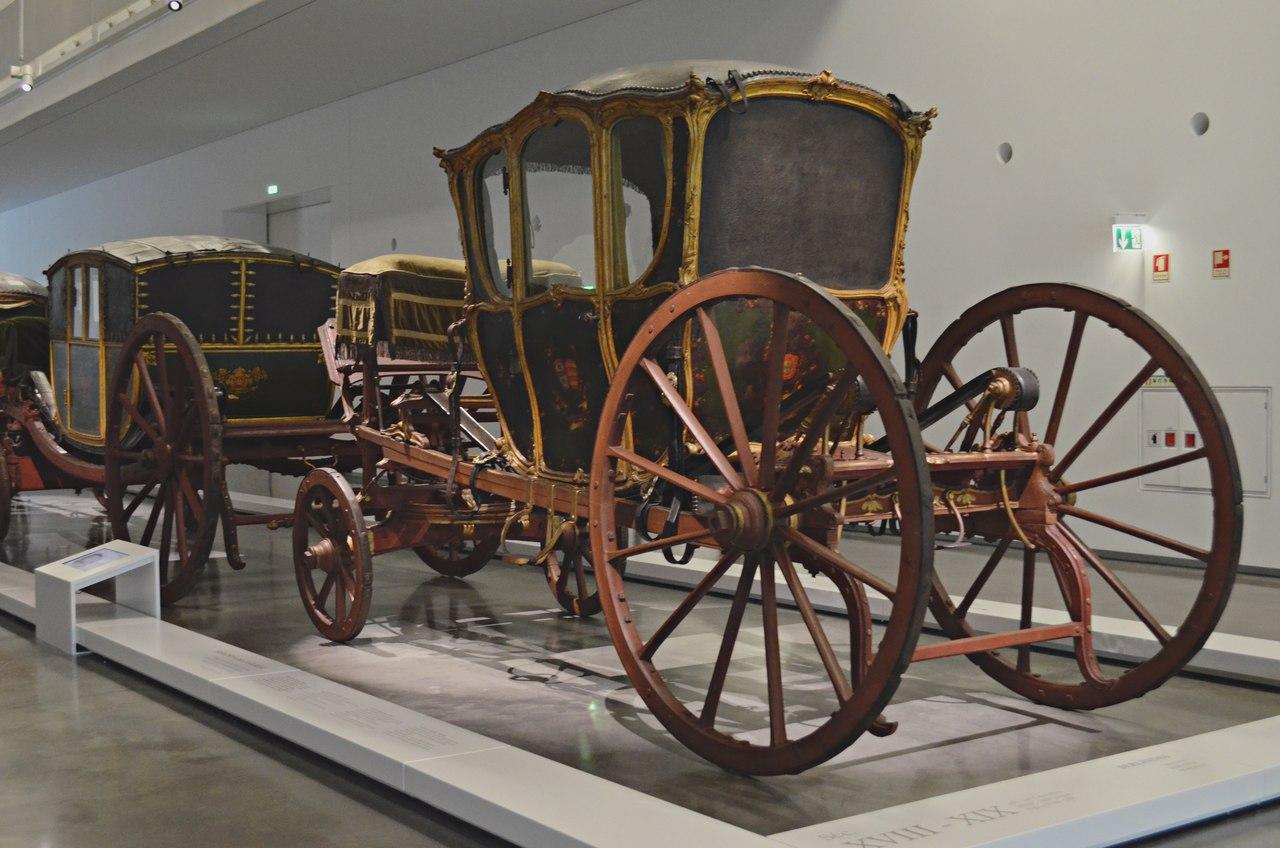 Carruagem exposta no Museu dos Coches de Belém em Lisboa. Foto de Cláudia Paiva