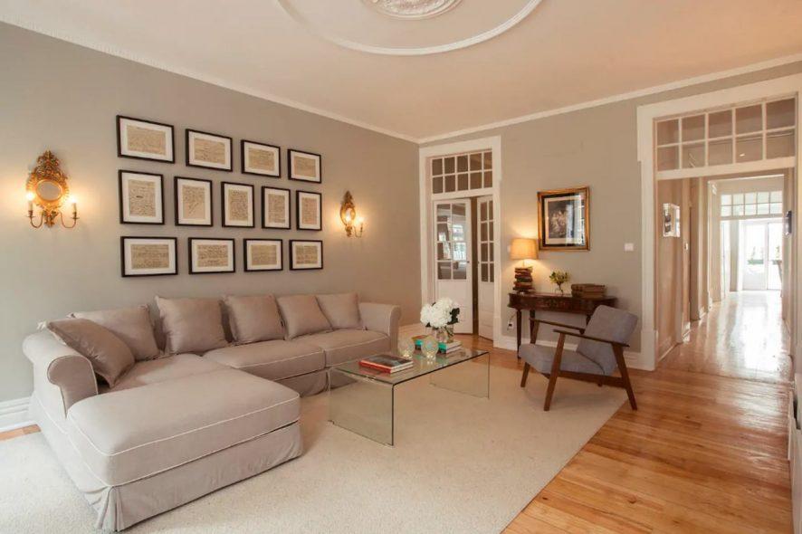 Sala de estar da Casa onde viveu Fernando Pessoa no número 17 da Rua de São Bento