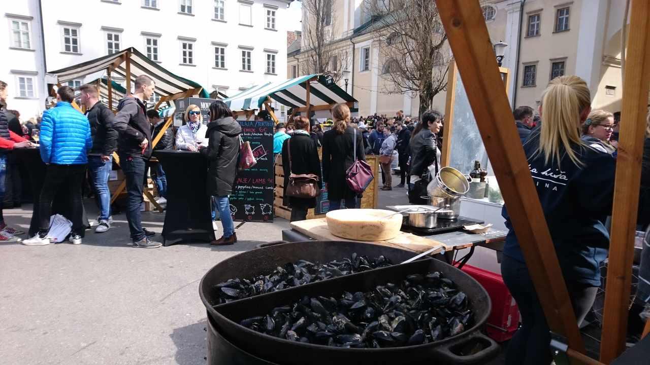 Odprta Kuhna de Ljubjana. Mercado de Comida. Foto de Marta Costa