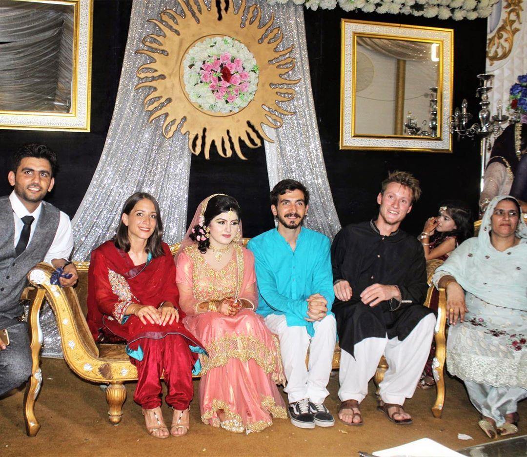 Tiago e Joana do Partir para Ficar participam num casamento paquistanês