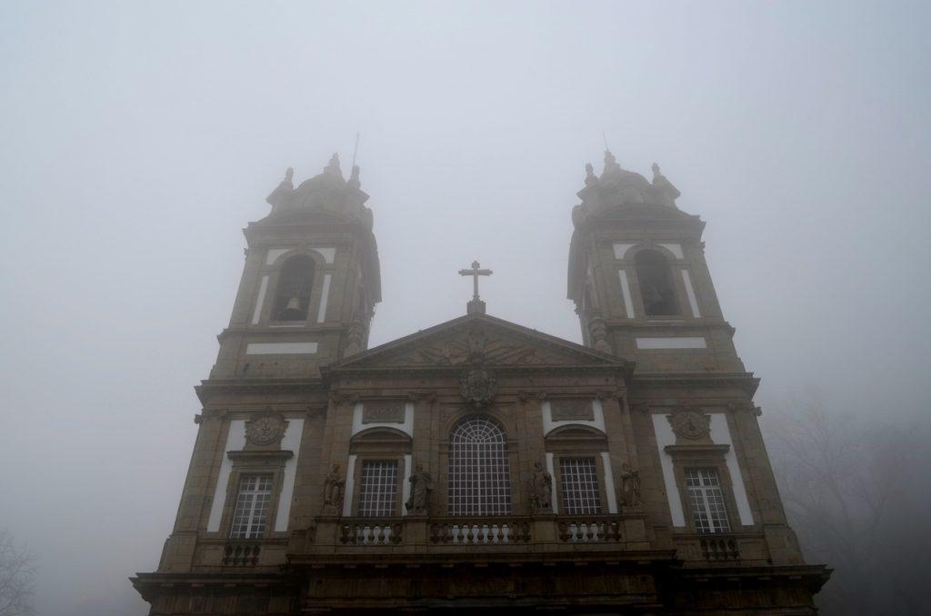Fachada da Basílica do Bom Jesus do Monte em Braga