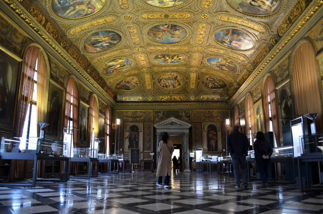 Sala imponente do Museu Correr de Veneza