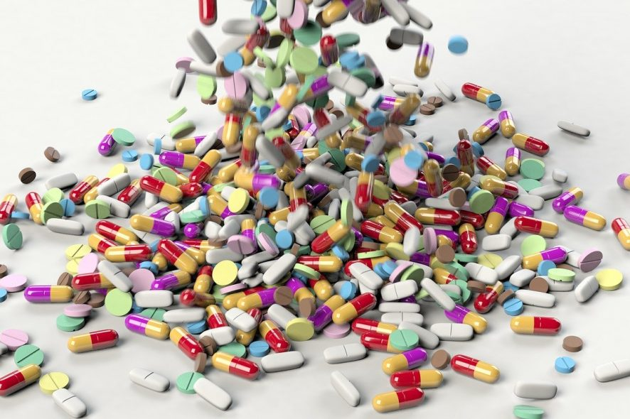 Comprimidos a serem espalhados. Foto de Pixabay