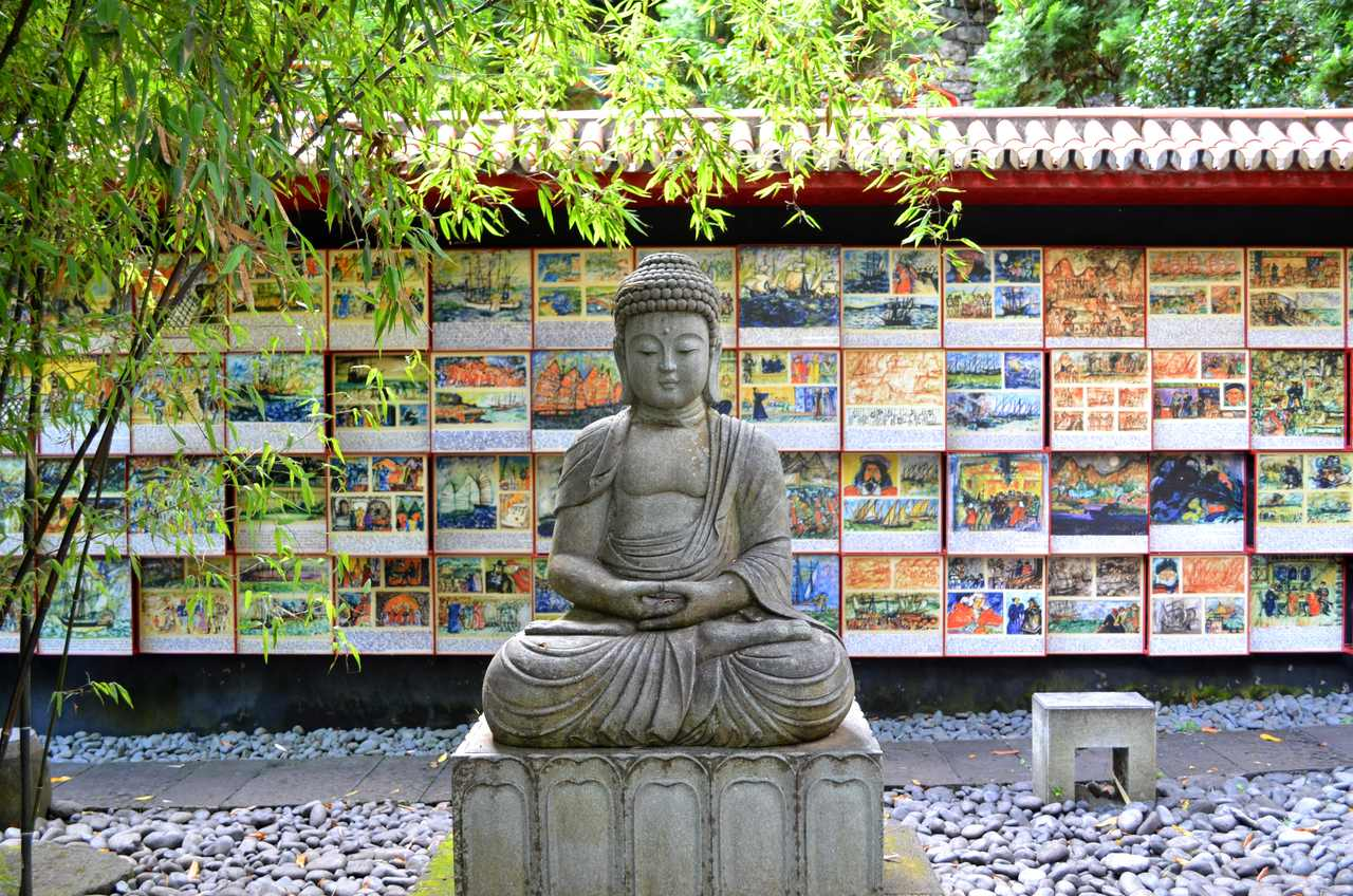 Buda no Jardim Tropical Monte Palace na Madeira