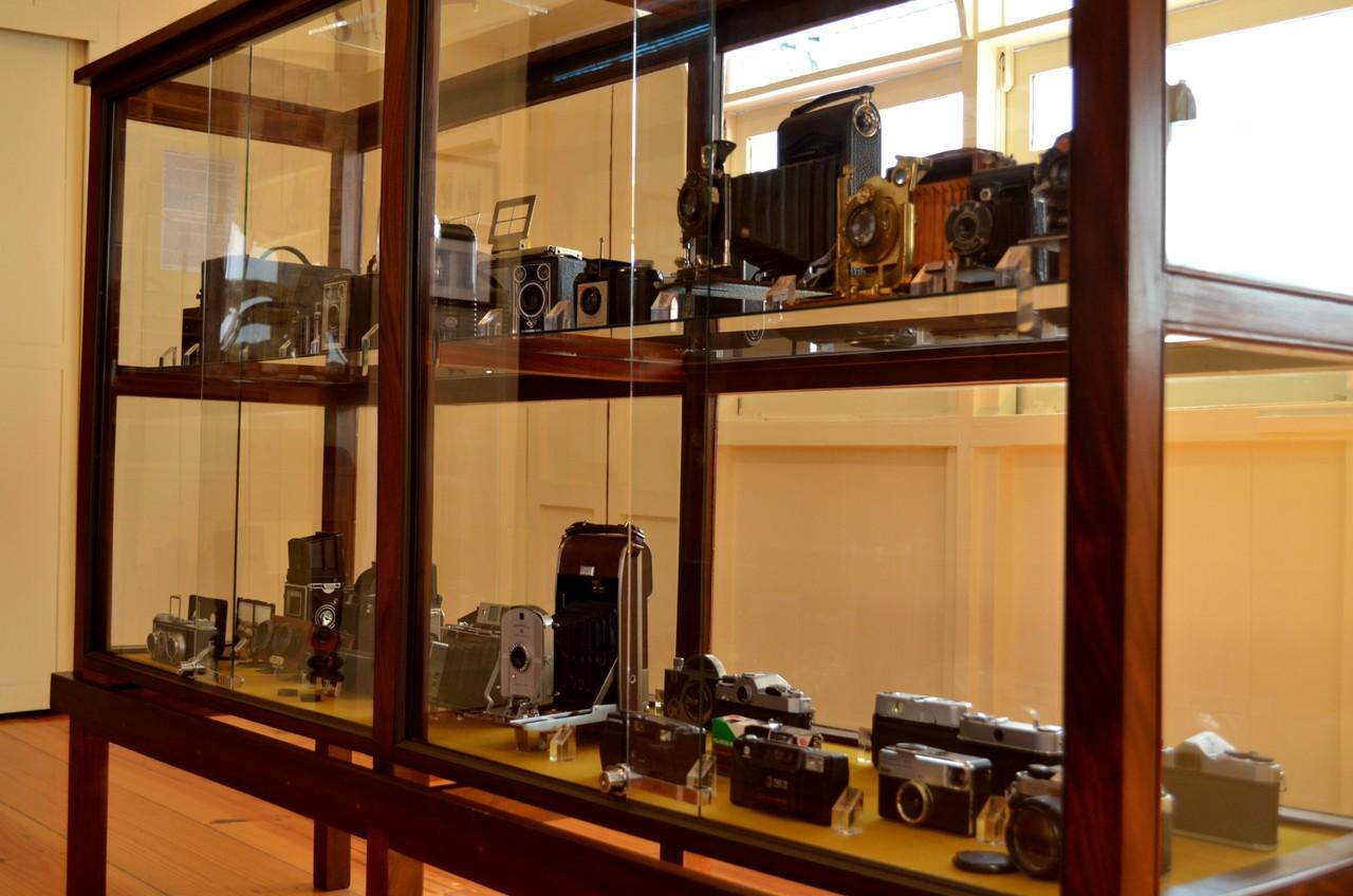 Máquinas fotográficas em exposição no Museu de Fotografia da Madeira no Funchal