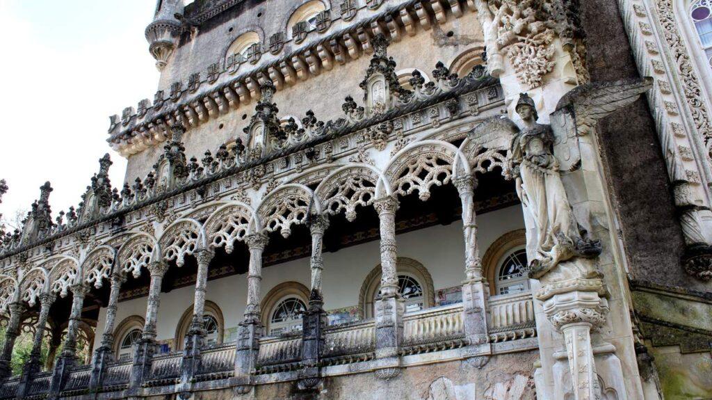Detalhes na fachada do Bussaco Palace Hotel