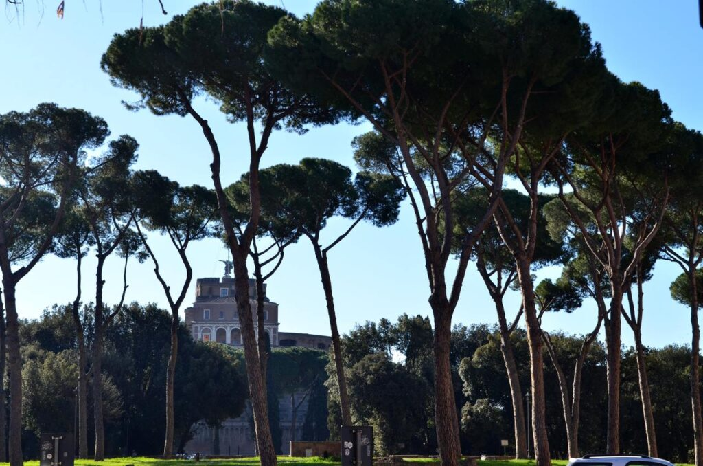 Castelo de Sant Angelo ao longe Roma Itália