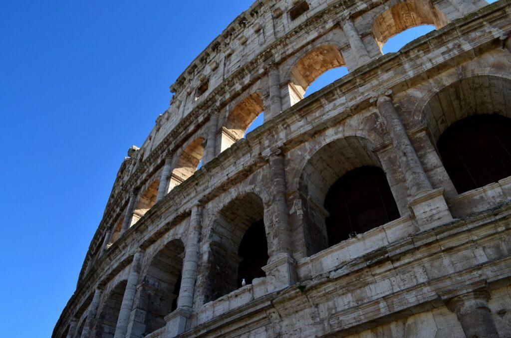 Fachada do Coliseu de Roma, Itália