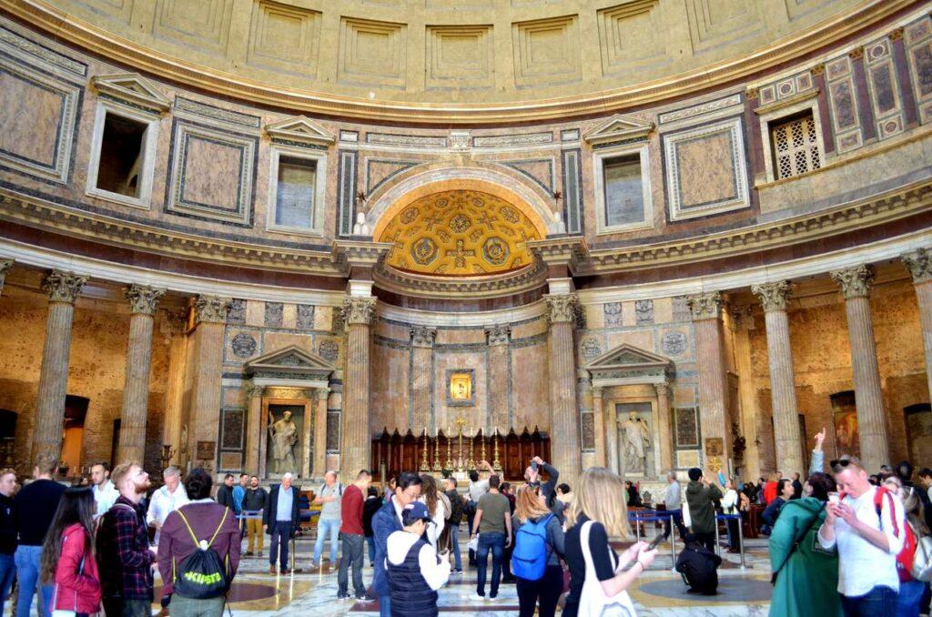 Interior do Panteão de Roma Itália