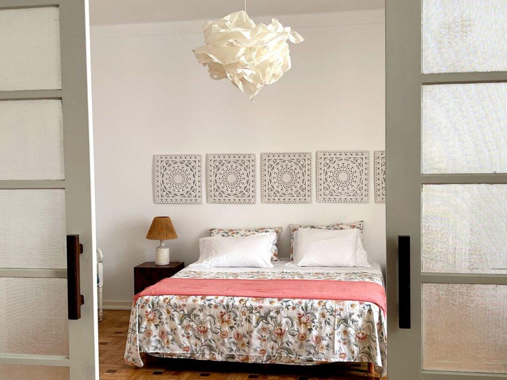 Cama da suite pricnipal da Formosa Guest House em Tavira