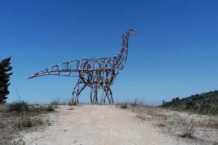 Aramossaurio-Visita-ao-Monumento-Nacional-das-Pegadas-de-Dinossáurios-em-Ourém